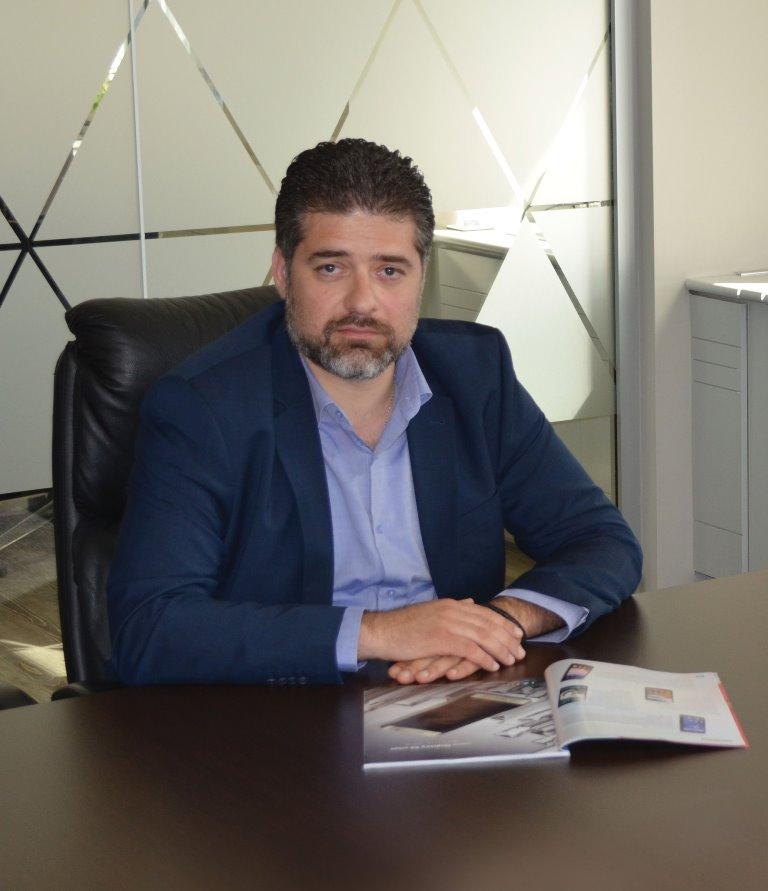 Ο επικεφαλής του τμήματος της κινητής της Samsung Electronics Hellas, Αρης Παρασκευόπουλος.