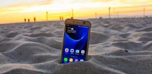 samsung-galaxy-s7-active-review-shatterproof-420-90