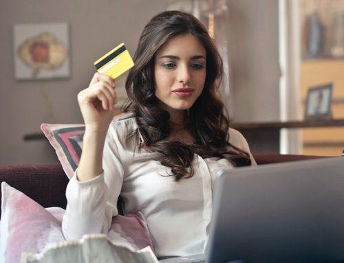 Μεγάλη αύξηση των online αγορών στην Black Week/Friday